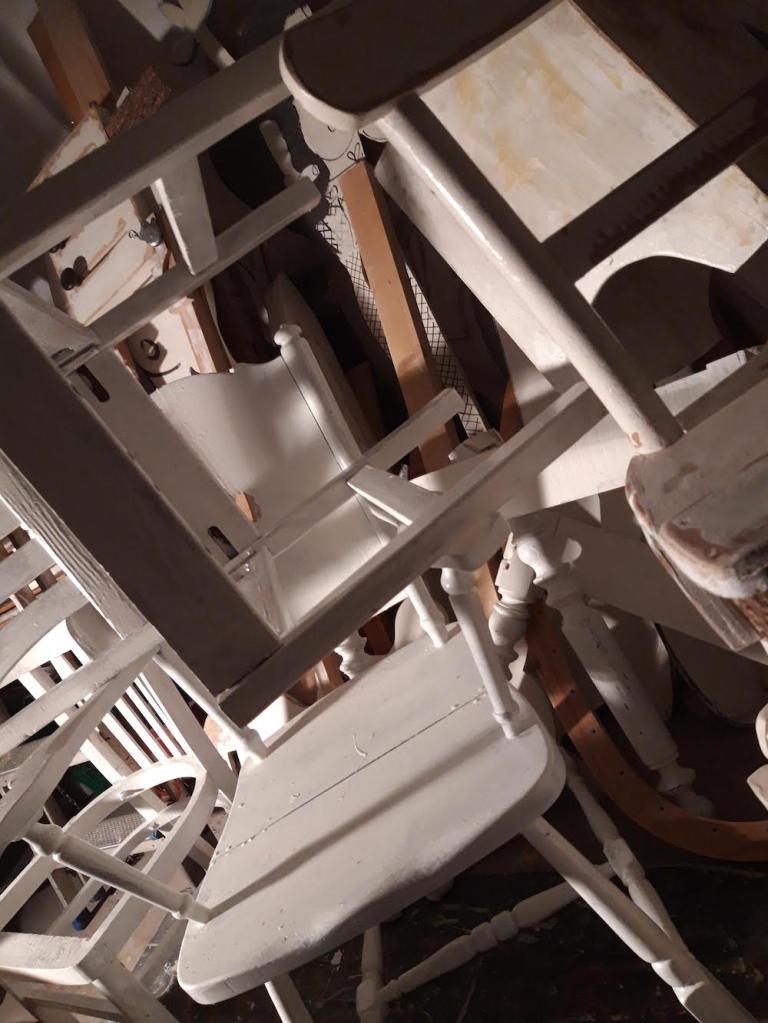 installatie, kunst, beeldhouwkunst, schilderkunst, gevonden voorwerpen, tweedehands, voorwerpen, objecten, ruimtelijk, biennale, projectruimte, installatie kunst, hout, houten